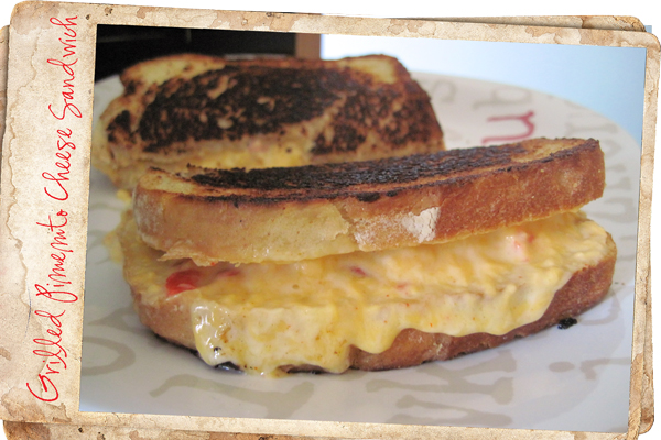 Grilled-Pimento-Cheese-Sand