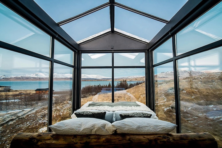 Panorama-glass-lodge-iceland-2